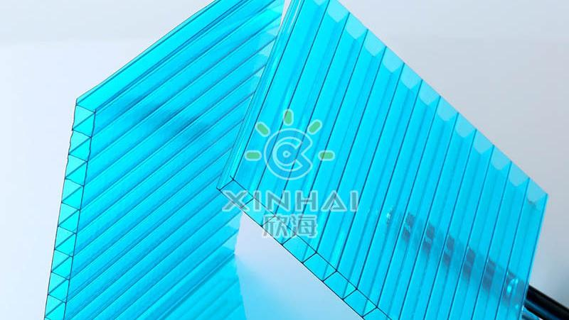 阳光板透光率影响因素