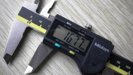 PC耐力板厚度测量