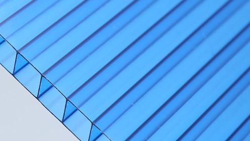 欣海阳光板为您解析PC阳光板使用寿命与厚度的层数关系